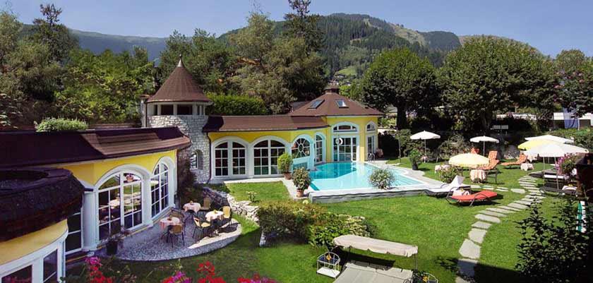 Romantik Hotel, Zell am See, Austria - exterior of the hotel.jpg